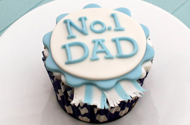 Fathers-Day-Cupcake