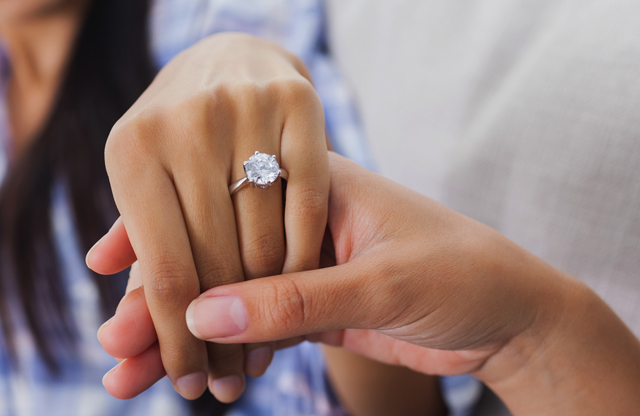 engagement-ring-photo