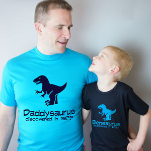preview_matching-dad-and-child-dinosaur-t-shirt-set